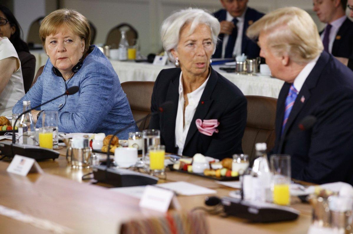 Merkel's going to punch him