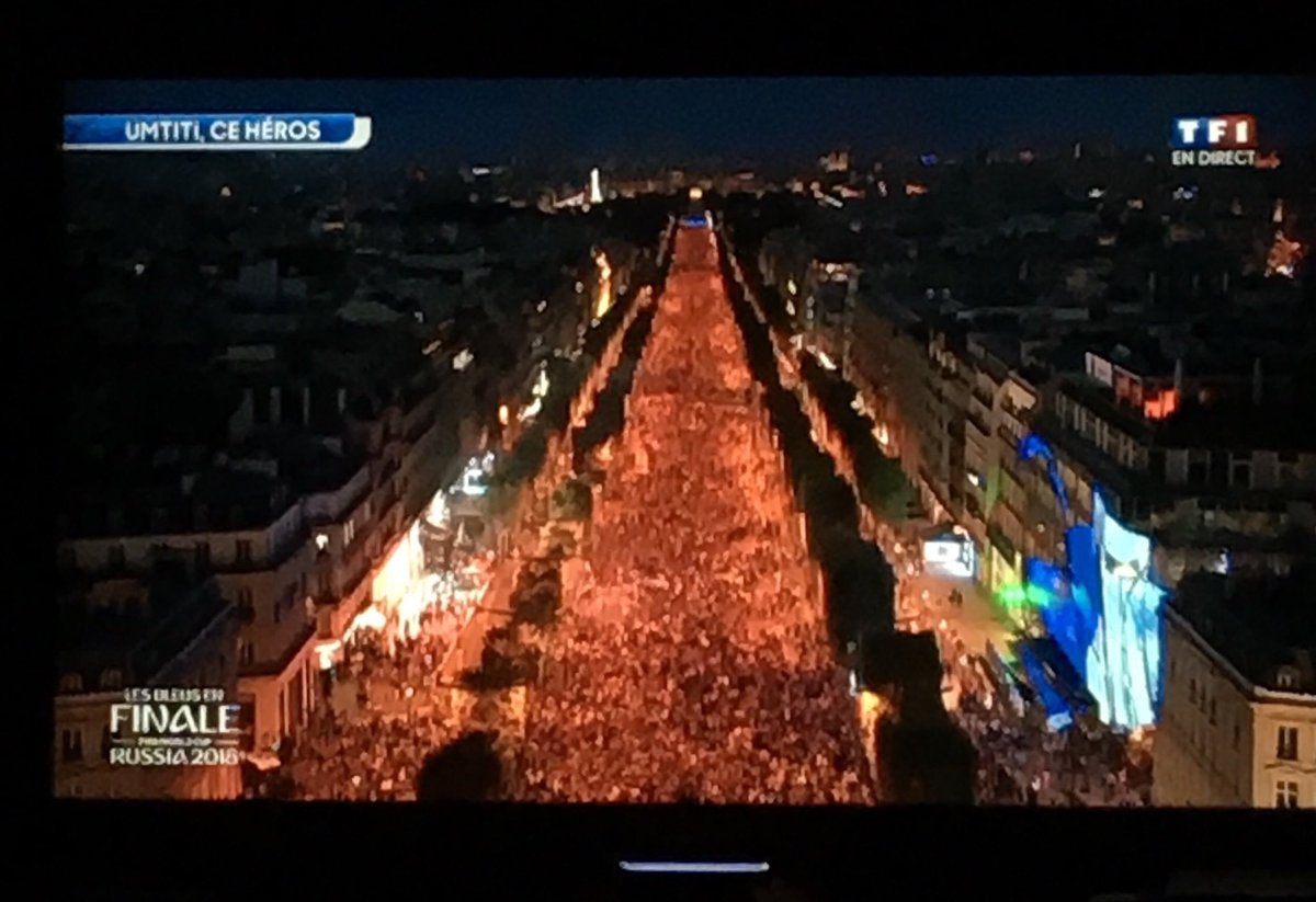 Champs Elysees, Paris - TF1 TV
